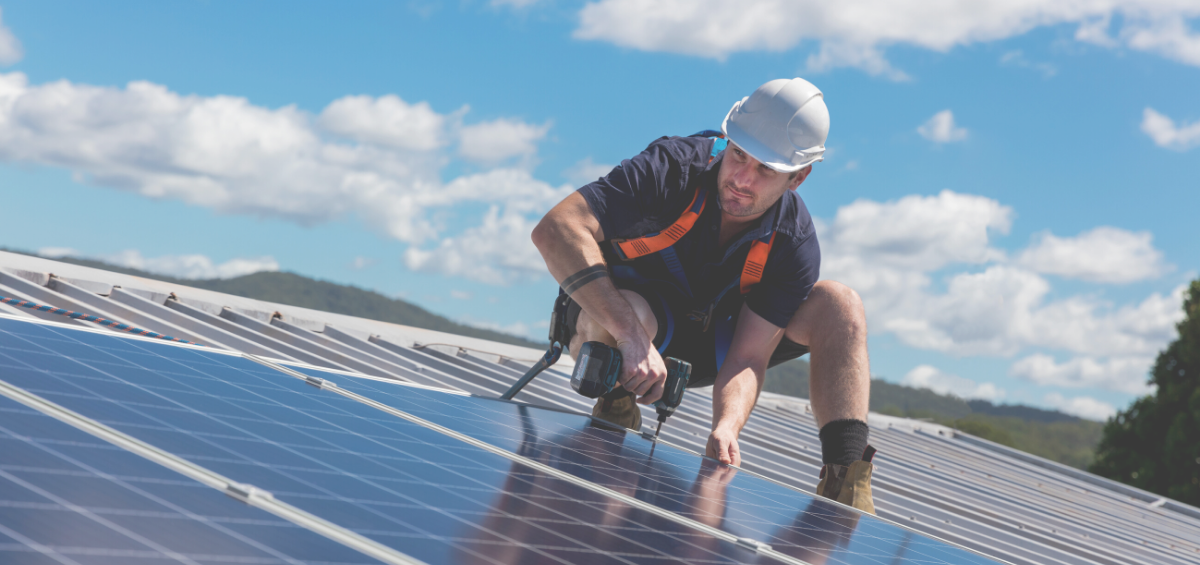 Comparing Solar & Wind Jobs in 2020: What's on the Horizon? - Anistar